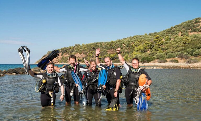 learn to dive or step up your diving qualification with one of the main dive certification agencies